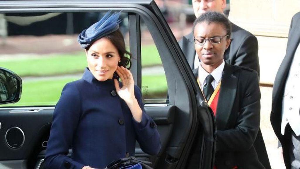 Foto: Meghan Markle Memesona di Pernikahan Putri Eugenie