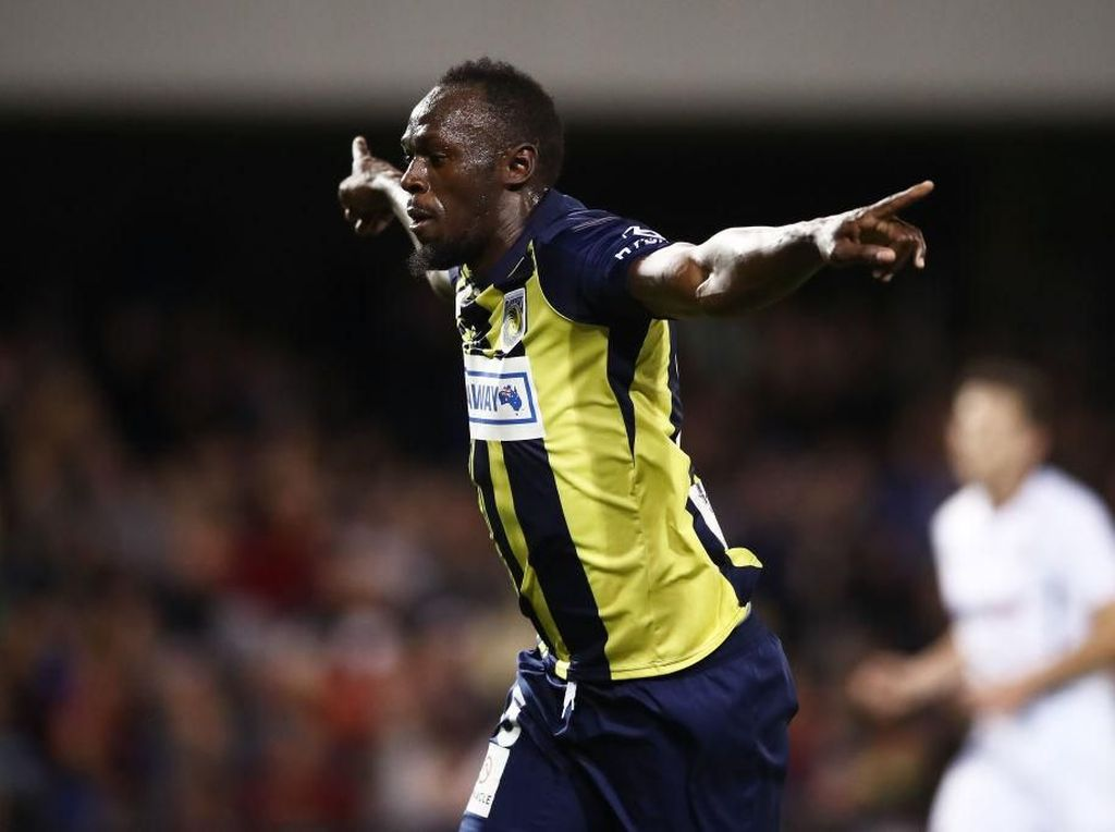 Usain Bolt Kesal Tak Bisa Unjuk Gigi di Sepakbola