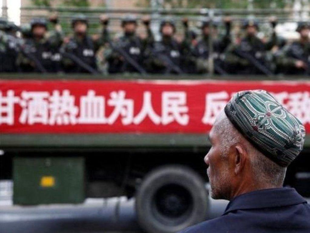 Muslim Uighur di China: Persekusi Melalui Kamp Reedukasi