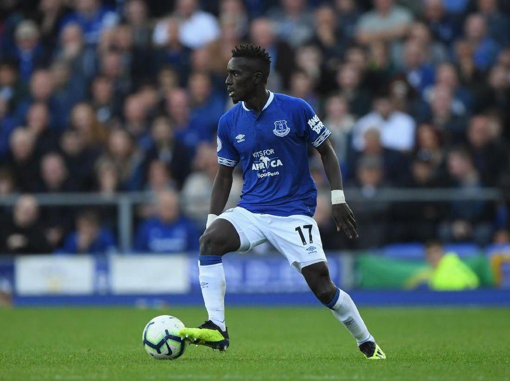 PSG Tuntaskan Transfer Idrissa Gueye dari Everton