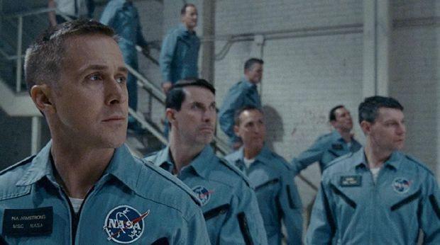 Ryan Gosling jadi Neil Armstrong dalam 'First Man'.