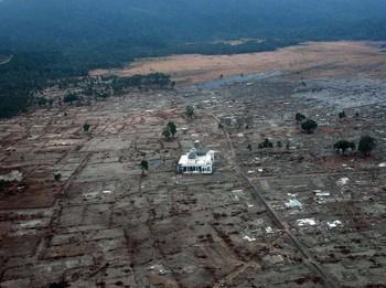 Pelajaran Dari Tsunami Aceh