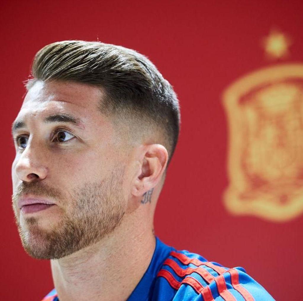 Jelang Spanyol vs Inggris, Ramos Hati-Hati Betul dengan Kane