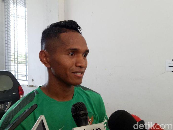 Pemain timnas Indonesia, Abduh Lestaluhu. (Foto: Randy Prastya/detikcom)