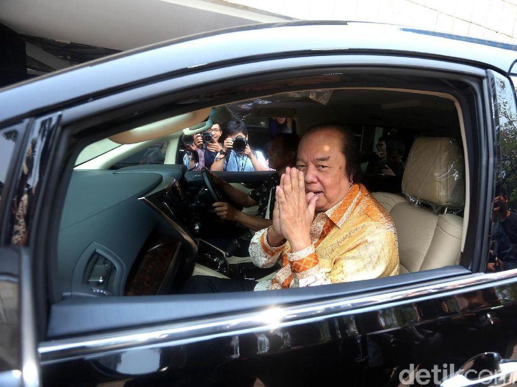 Orang Terkaya Indonesia Tukar Dolar Rp 2 Triliun Naik Alphard