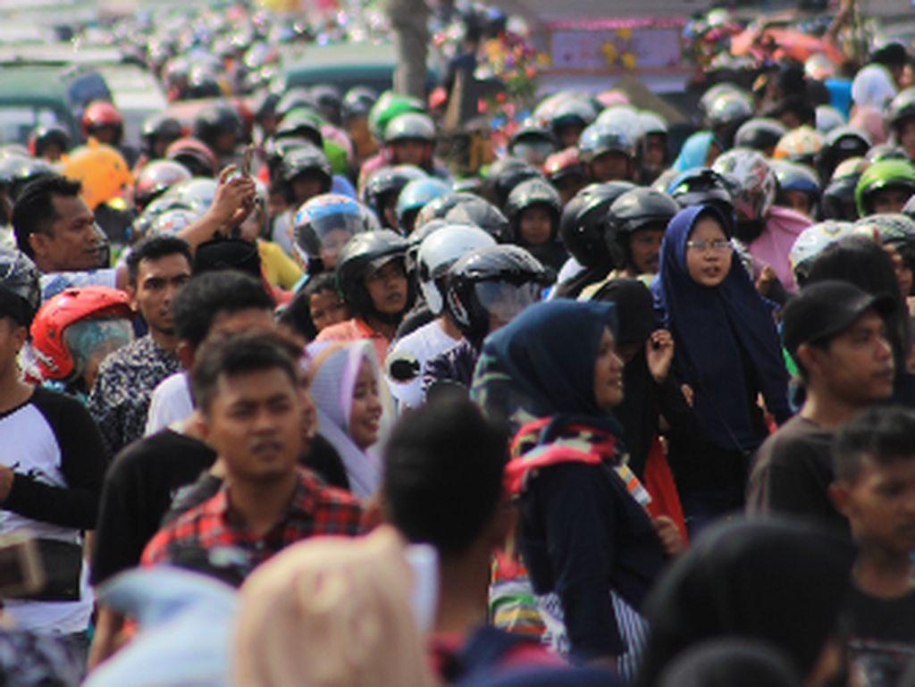 Macet Festival Tabut Bengkulu