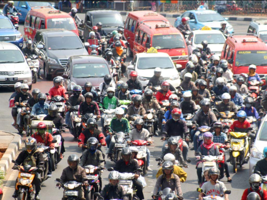 Jawab Fahri Hamzah, AISI: Orang Indonesia Masih Butuh Motor