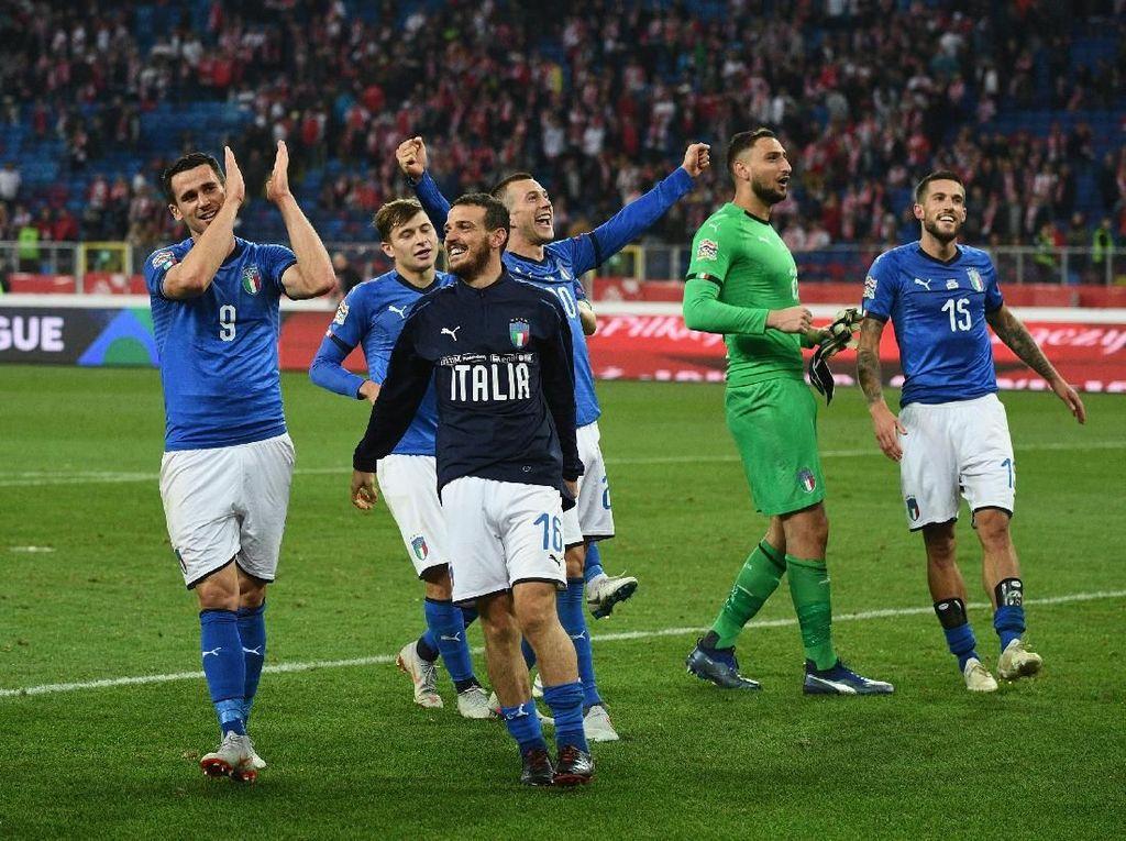 Akhirnya, Italia