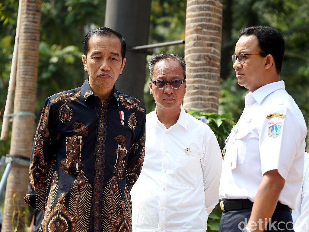 Didampingi Anies, Jokowi Tinjau Fasilitas Disabilitas di GBK