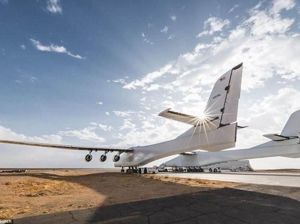 Pesawat Terbesar Sejagat Resmi Berpindah ke Tangan Misterius