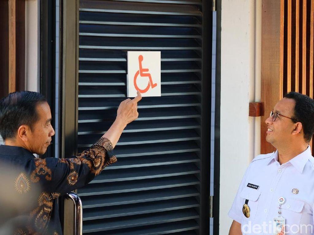 Bareng Anies, Jokowi Cek Fasilitas Penyandang Disabilitas di GBK