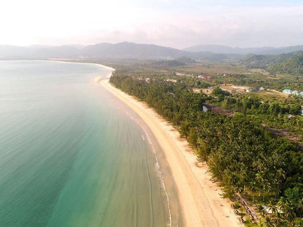 Destinasi Liburan Kamu Selanjutnya: Pulau Jemaja