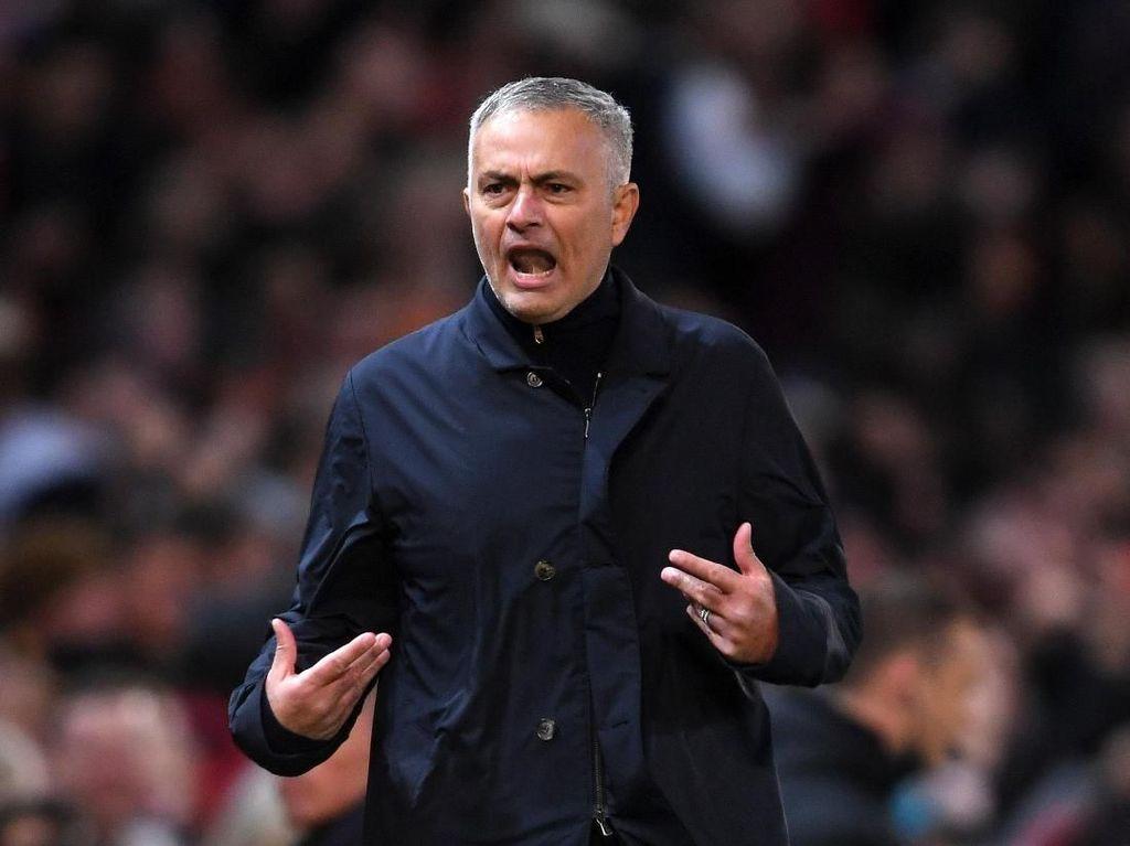 Mourinho Kesal, Hadapi Juventus tapi Ditanya soal Madrid dan Pogba