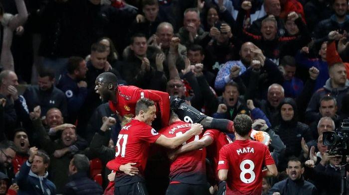 Manchester United ditunggu jadwal berat sebulan ke depan (Carl Recine/Reuters)