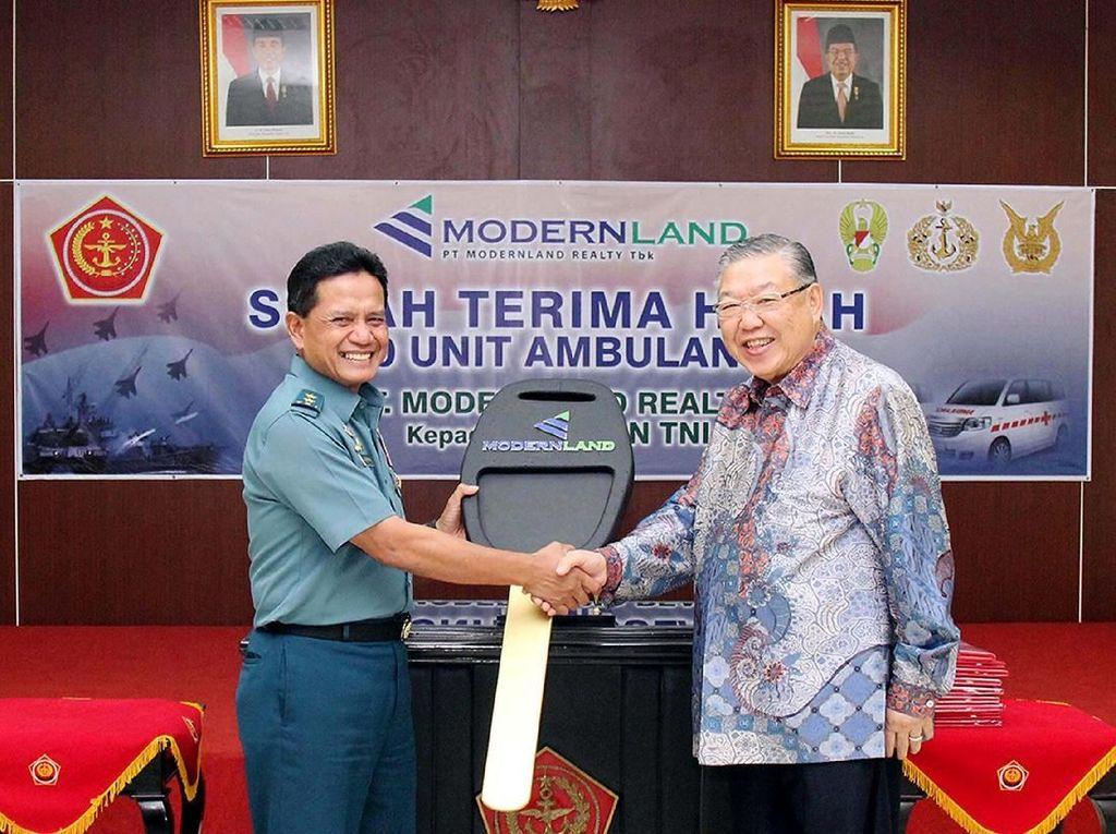 Ambulans untuk Pelayanan Kesehatan TNI dan Rakyat