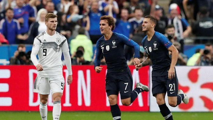 Dua gol Antoine Griezmann bawa Prancis kalahkan Jerman 2-1 (Charles Platiau/Reuters)