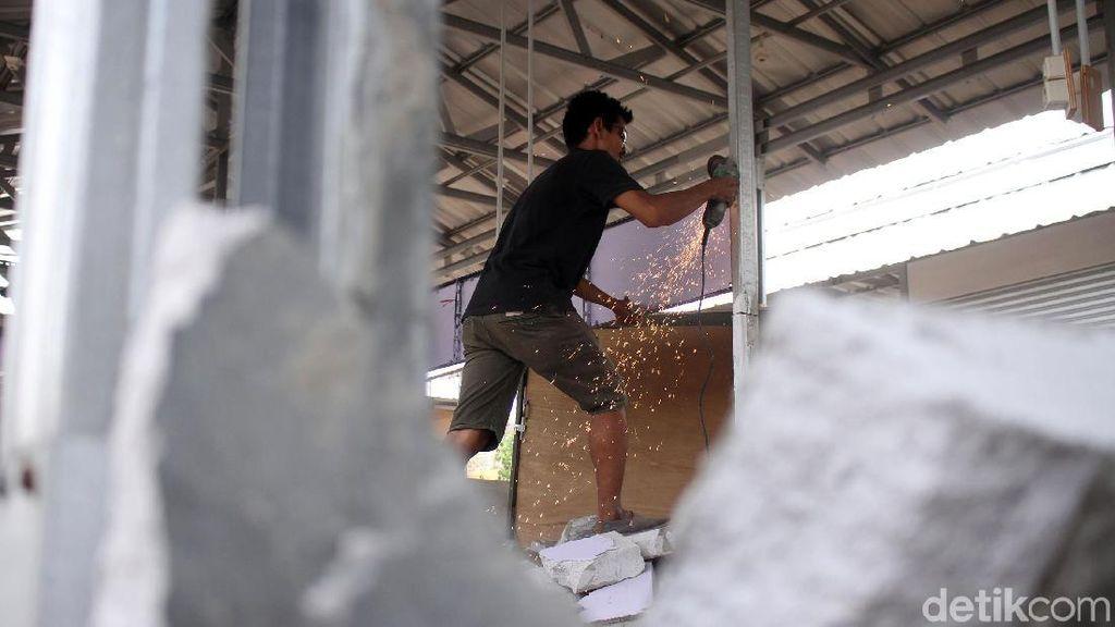Berdiri di Lahan Milik Pemda, Pasar Jabon Dibongkar Paksa