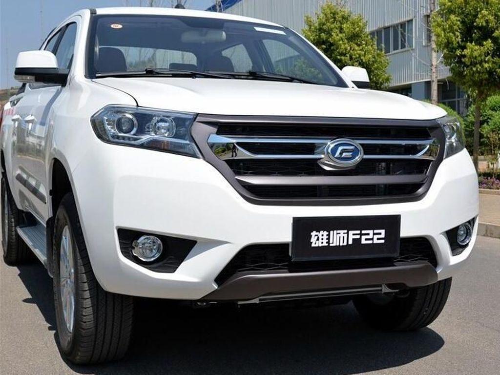 Mobil Pick-up China yang Katanya Mirip Esemka Digdaya