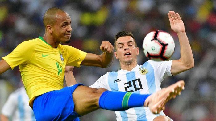 Brasil kalahkan Argentina 1-0 dalam laga uji coba. (Foto: Waleed Ali/REUTERS)