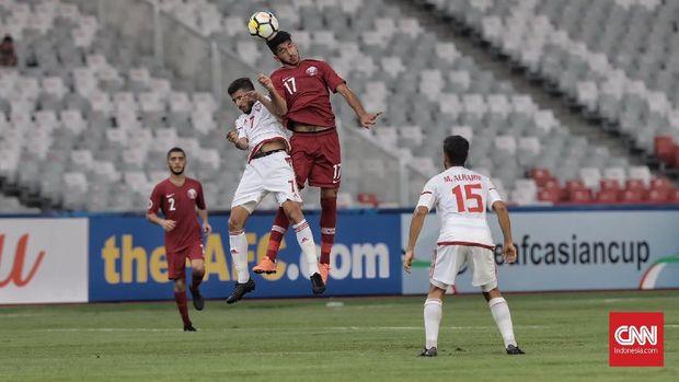 Timnas Uni Emirat Arab meraih kemenangan 2-1 atas Qatar dalam laga pertama Grup A Piala Asia U-19.