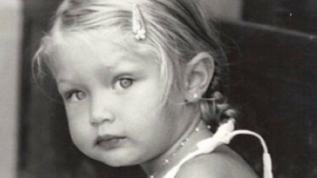 9 Foto Masa Kecil Model Cantik Gigi Hadid yang Menggemaskan