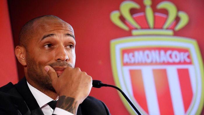 Thierry Henry menjadikan Wenger dan Guardiola sebagai inspirasi (Eric Gaillard/Reuters)