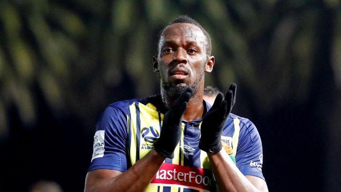 Usain Bolt baru saja menolak tawaran main di klub Malta (REUTERS/David Gray/File Photo)