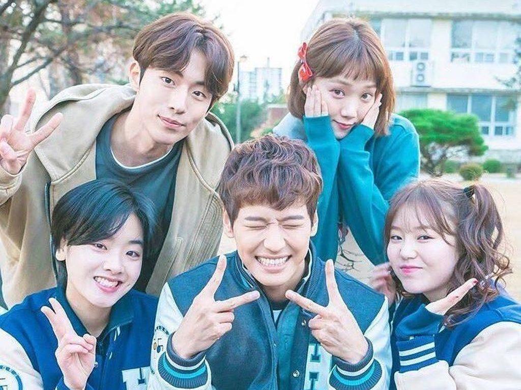 10 Aplikasi Nonton Drama Korea di HP