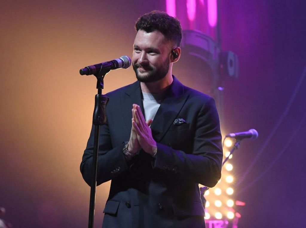 Konser di Indonesia, Calum Scott Diganjar Sertifikasi Platinum