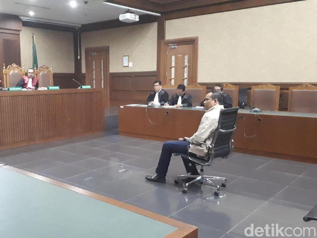 Wakil Ketua DPRD Lampung Tengah Dituntut 8 Tahun Bui