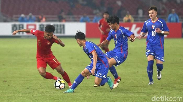 Timnas Indonesia saat mengalahkan Taiwan di Piala Asia U-19 2018. (Foto: Ari Saputra/detikSport)
