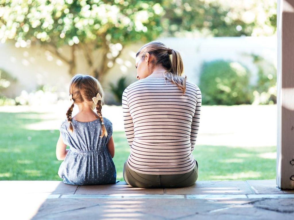 5 Cara Mengajari Anak Sopan Santun