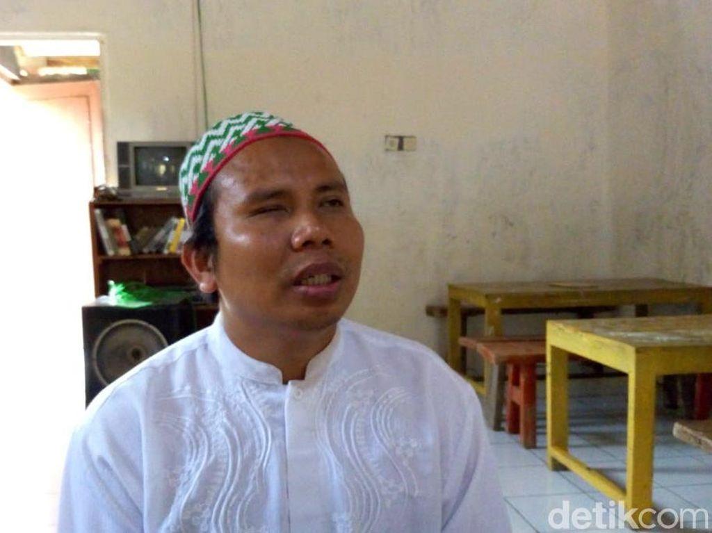 Menengok Perjuangan Soiran, Guru Penyandang Tunanetra di Ponorogo