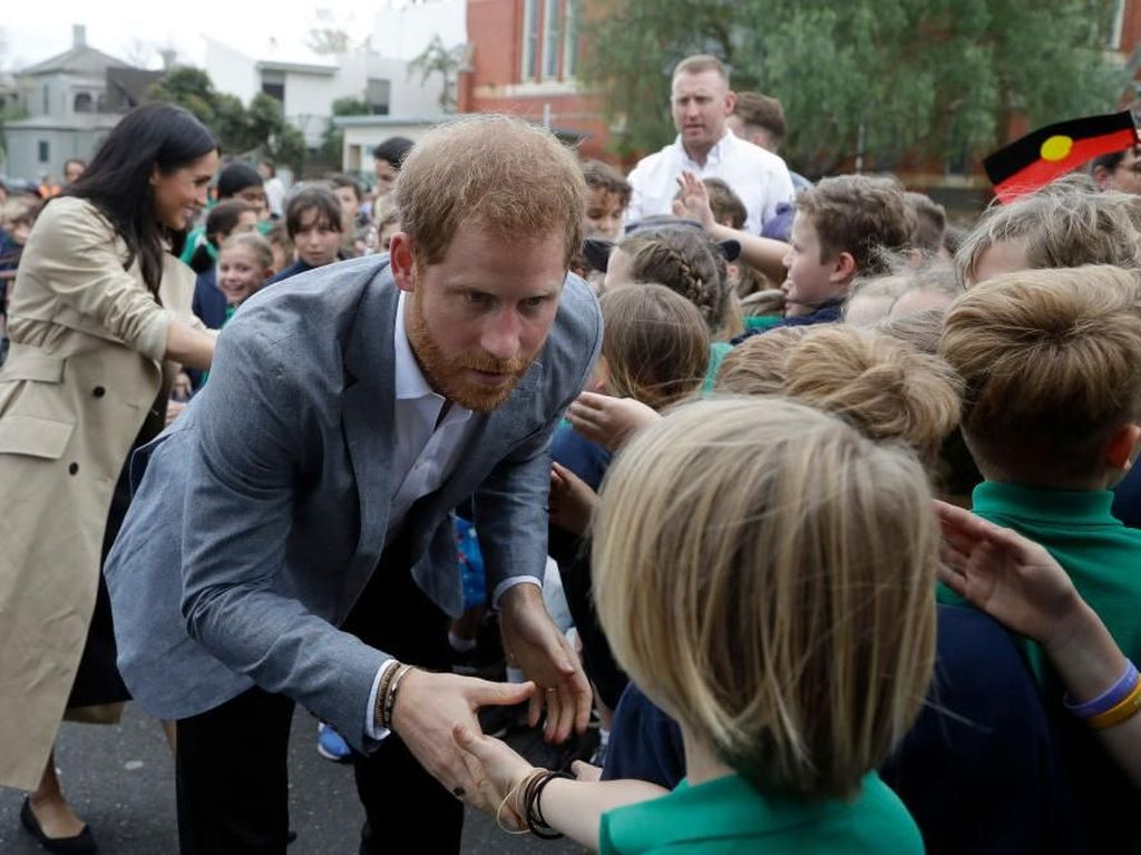 Reaksi Lucu Pangeran Harry Saat Bocah 4 Tahun Tak Mengenal Dirinya