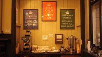 Selain Keep Calm ada dua poster lain (Barter Books/Youtube)