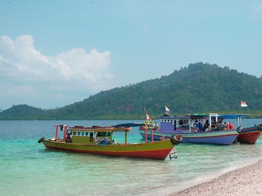 Pesona Pulau Pahawang yang Tak Pernah Pudar