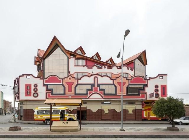 Deretan Arsitektur Penuh Warna yang Unik dan Menarik di Bolivia