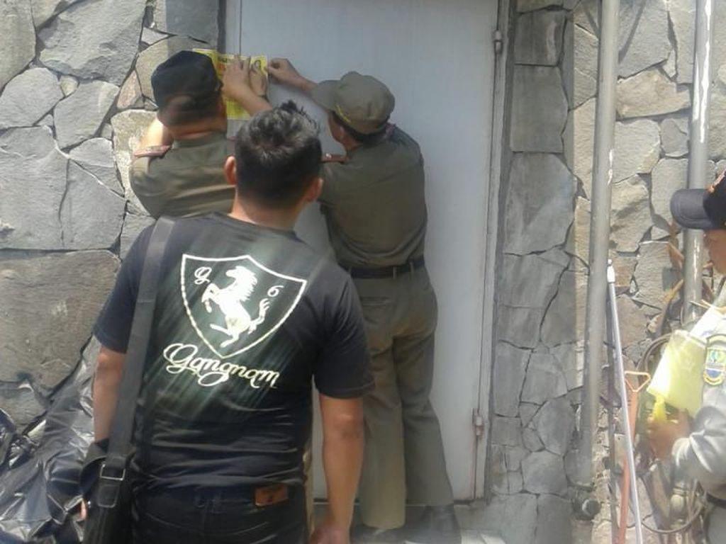 Satpol PP Tutup 16 Tempat Hiburan Malam di Bekasi