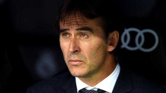 Julen Lopetegui semakin disorot setelah Real Madrid dikalahkan Levante (Foto: Denis Doyle/Getty Images)