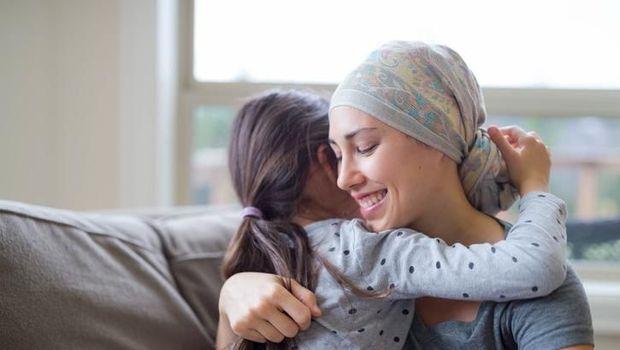 Ilustrasi ibu jalani kemoterapi