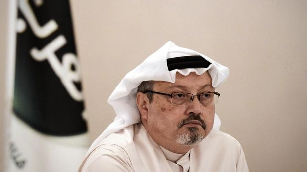 (FILES) In this file photo taken on December 15, 2014 (FILES) In this file photo taken on December 15, 2014, general manager of Alarab TV, Jamal Khashoggi, looks on during a press conference in the Bahraini capital Manama. - Saudi Arabia on Saturday, October 20, 2018, admitted that dissident journalist Jamal Khashoggi had been killed inside its consulate in Istanbul, state media reported.