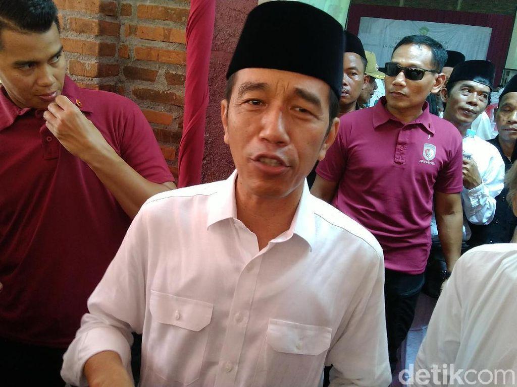 Resmikan Tol Sragen-Ngawi, Jokowi: Saya Bahagia Sekali