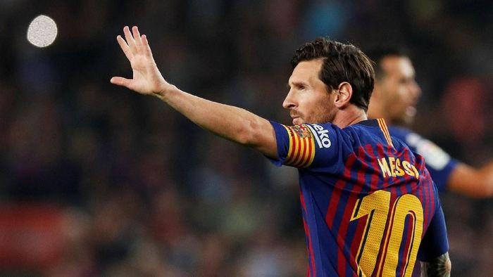 Lionel Messi akan absen membela Barcelona menghadapi Inter Milan dan Real Madrid akibat cedera. (Foto: Albert Gea/Reuters)