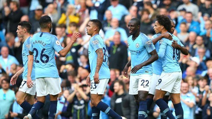 Manchester City menang telak 5-0 atas Burnley di pekan ke-9 Premier League. (Foto: Alex Livesey/Getty Images)