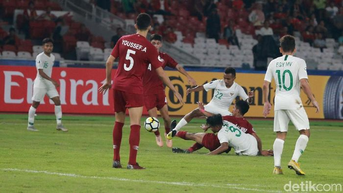 Timnas Indonesia takluk dari Qatar di laga Grup A Piala Asia U-19 2018. (Foto: Ary Saputra/detikcom)