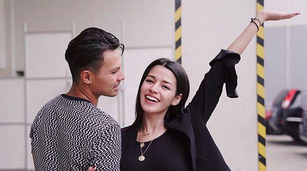 Love is in The Air! Intip Kemesraan Susan Sameh dan Fero Walandouw