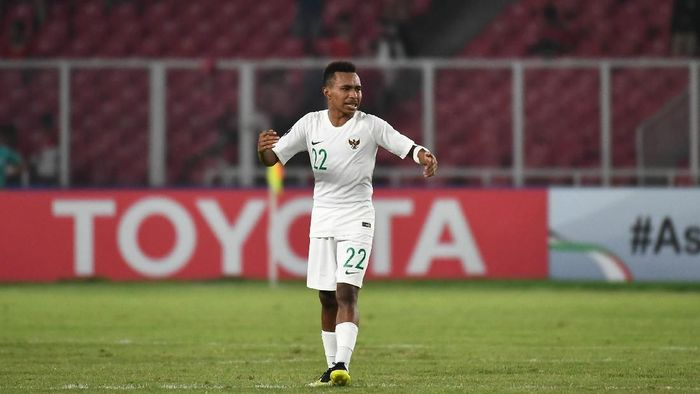 Todd Rivaldo Ferre saat laga Indonesia dengan Qatar di Piala Asia U-19 2018. (Foto: Robertus Pudyanto/AFC)