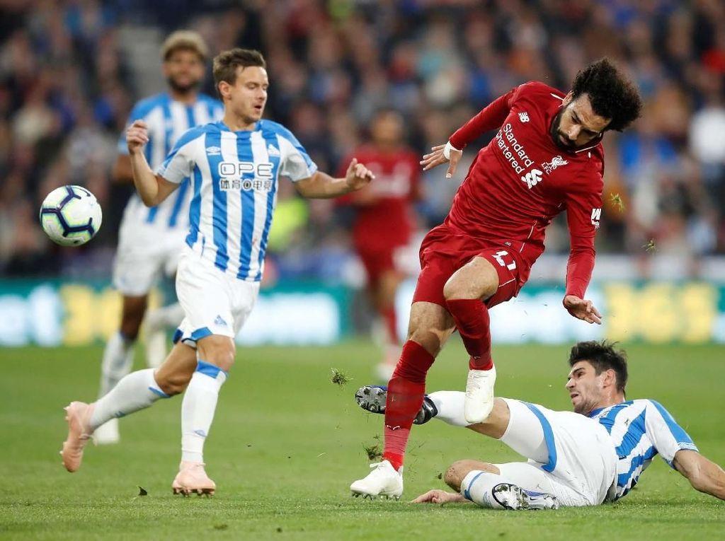 Ingat Sulitnya Pertemuan Pertama, Liverpool Pantang Remehkan Huddersfield