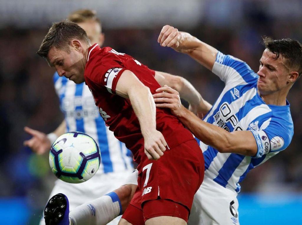 Preview Liverpool vs Huddersfield: Final Pertama Si Merah