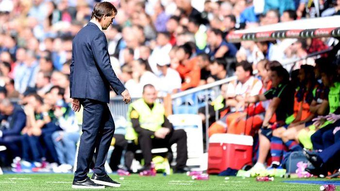 Kekalahan Real Madrid dari Levante membuat nasib Julen Lopetegui di ujung tanduk. (Foto: Denis Doyle/Getty Images)